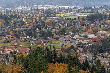 photo of a small Oregon town