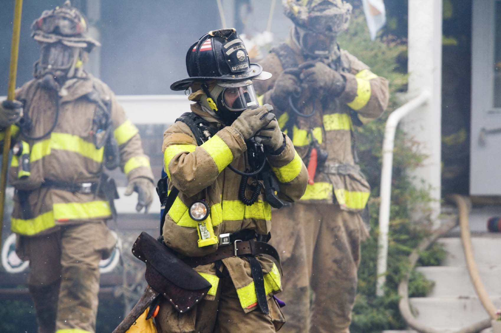 firefighters wearing ppe